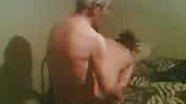 سکس بدون ثبت نام  تماشا شوهر, سکس دختر تنها طبیعی سینه های بزرگ در ساحل