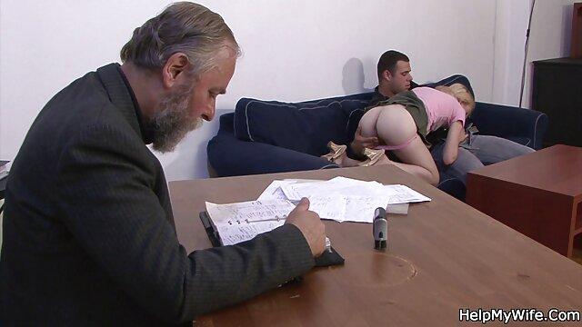 سکس بدون ثبت نام  دختر با زبان سوراخ پدر داستان سکسی منو دختر خالم بزرگ و او fucks در سخت