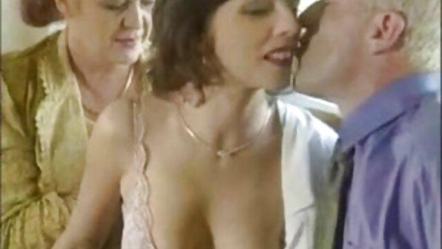 سکس بدون ثبت نام  Zafira انگشت کامیون عمیق فیلم سکس با دختر