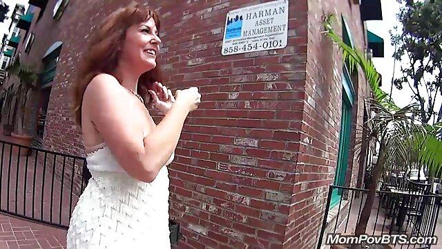 سکس بدون ثبت نام  میا Austin در زانو سکس دو دختر زیبا بالا می شود خوب