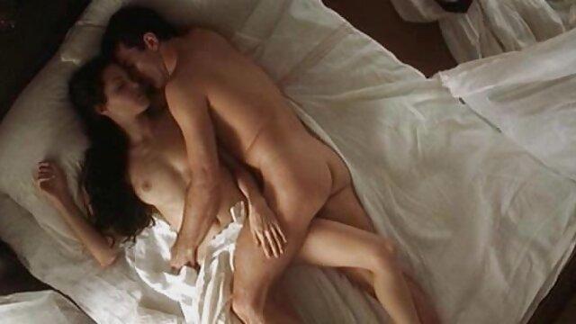 سکس بدون ثبت نام  رایلی رینولدز سکس با دختر جون دیک برای پول